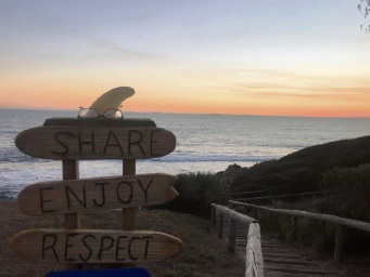 Simon Henderson snapped some 'shady' beach etiquette at Leighton Beach.