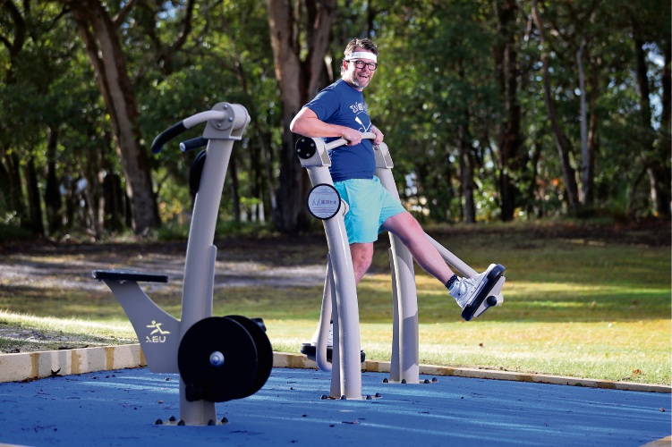Bayswater Mayor Dan Bull using the new exercise equipment at Arbor Park in Morley. Picture: David Baylis www.communitypix.com.au   d493902