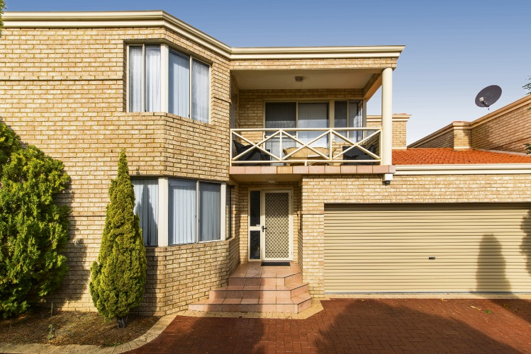 3/12 Filburn Street, Scarborough – From $699,000