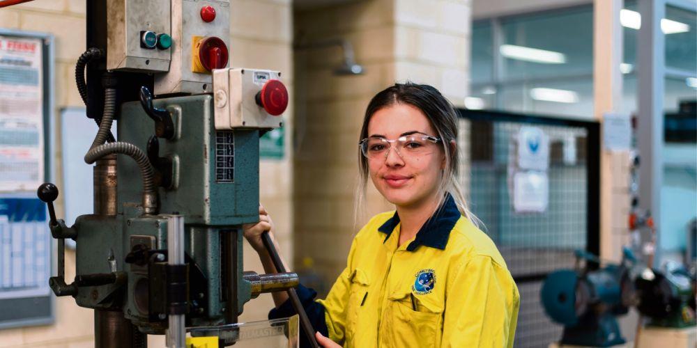 Alcoa offering 20 apprenticeships | Community News Group