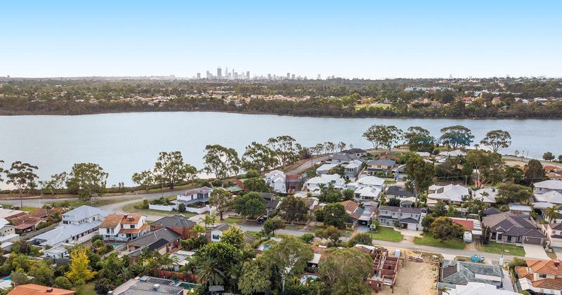 The Perth suburbs bucking the trend on growth