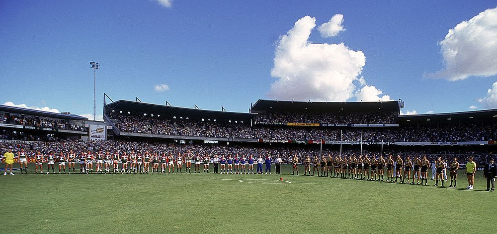 Derby No. 1. Paul Keating was there somewhere. Photo: Getty