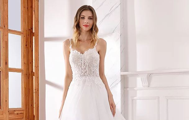 Fire sale: Bridal gowns for $9