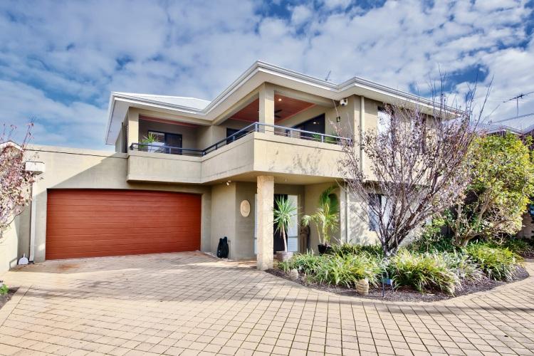18B Lalor Street, Scarborough – Mid $800,000s