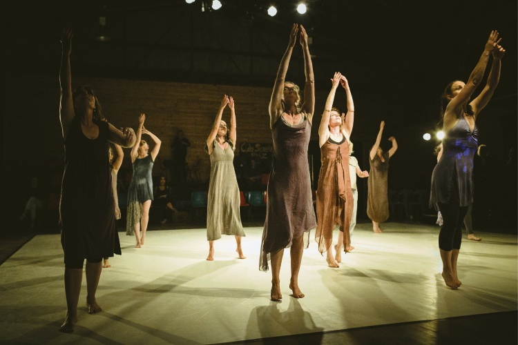 Choreographer needs 200 women for dance performance