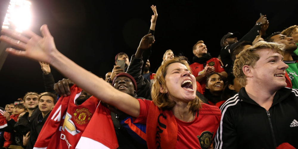 Up to 10,000 fans turned out to the WACA Ground for Manchester United's open training session. Picture: Manchester United/Twitter