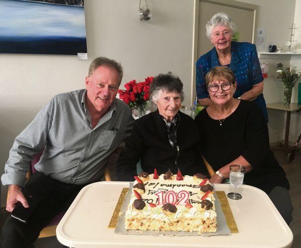 Vivienne Ferguson with her children Kevin Ferguson, Judy Bain and Doreen Upfield.