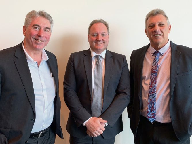 Shires of Waroona and Murray to share CEO