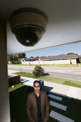 Hardeep Singh has launched an epetition urging the City of Canning to reimburse residents for installing CCTV systems at their properties.