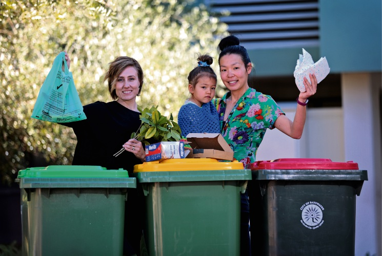 L-R: Local resident Karen Felton of Bayswater and Miho Tanabe of Morley (Environment House Volunteer) with daughter Arki (3).  Picture: David Baylis www.communitypix.com.au   d495404