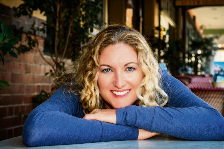 Author Fiona Palmer.