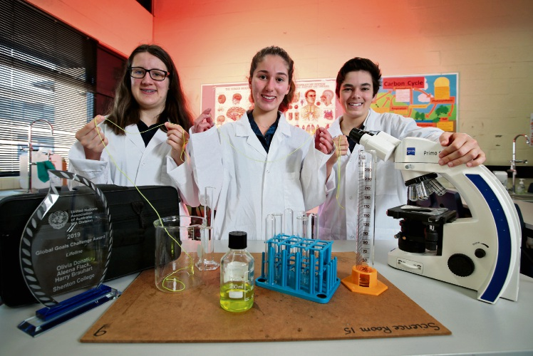 Year 10 Shenton College students L-R: Aleena Flack (16) of Subiaco, Olivia Donati (15) of Dalkeith and Harry Brauhart (16) of Mt Claremont. Picture: David Baylis www.communitypix.com.au   d496017