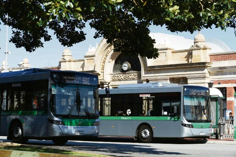 d496155j Fremantle Train Station Picture: Andrew Ritchie www.communitypix.com.au