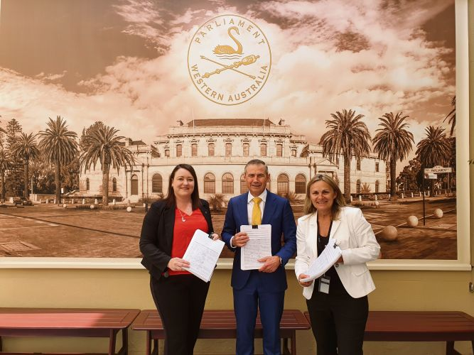Joondalup MLA Emily Hamilton and Wanneroo MLA Sabine Winton presented petitions calling for palliative care beds at Joondalup Health Campus to Health Minister Roger Cook.