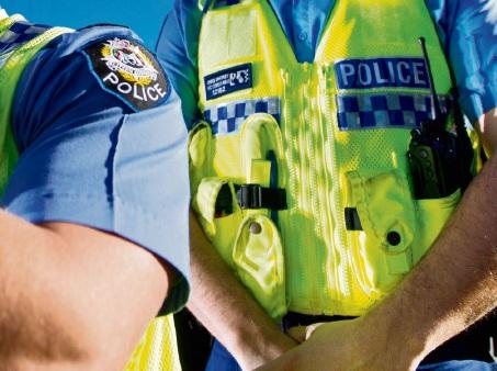Man shot by police firearm, Major Crime investigating