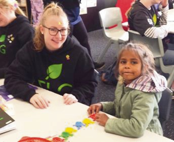 Mandurah volunteers inspire with Teach Learn Grow