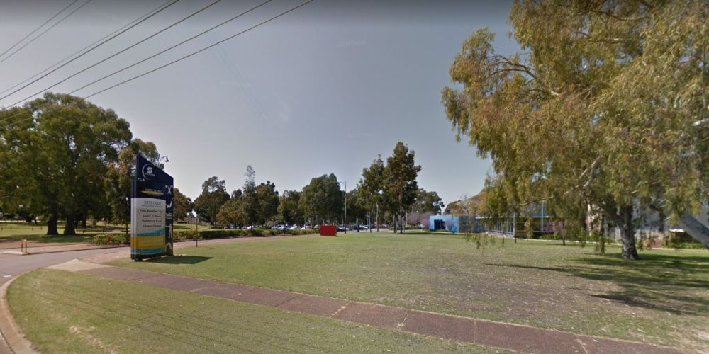 The entrance to Terry Tyzack Aquatic Centre from Alexander Drive, Image: Google