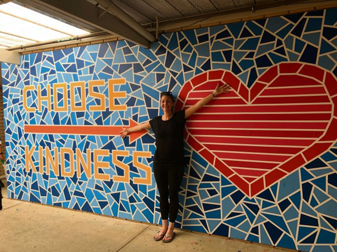 Renee McAlpine has inspired Whitford Catholic Primary School students to create a striking mural.