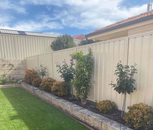 Prowest Fencing the professionals