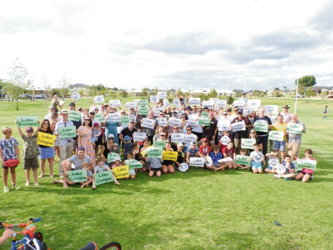 Members of the community showing their support for Lake Coogee in February. Photo: Philip Eva