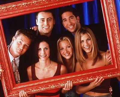 The cast of Friends: Matt LeBlanc, David Schwimmer, Matthew Perry, Courteney Cox, Lisa Kudrow and Jennifer Aniston.