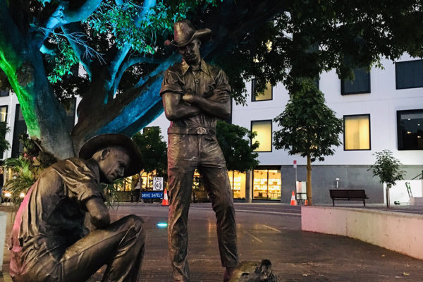 Bronzed drover statues previously located at Goprint building