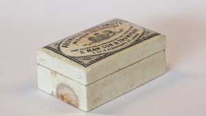 Slide 4 of 6 - <strong>Tooth Paste Pot</strong> - S. Maw. Son & Thompson (c.1897-1905)