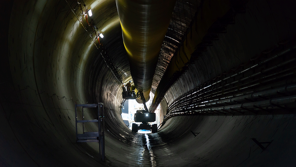 View from inside the tunnel heading north; looking back towards the station cavern