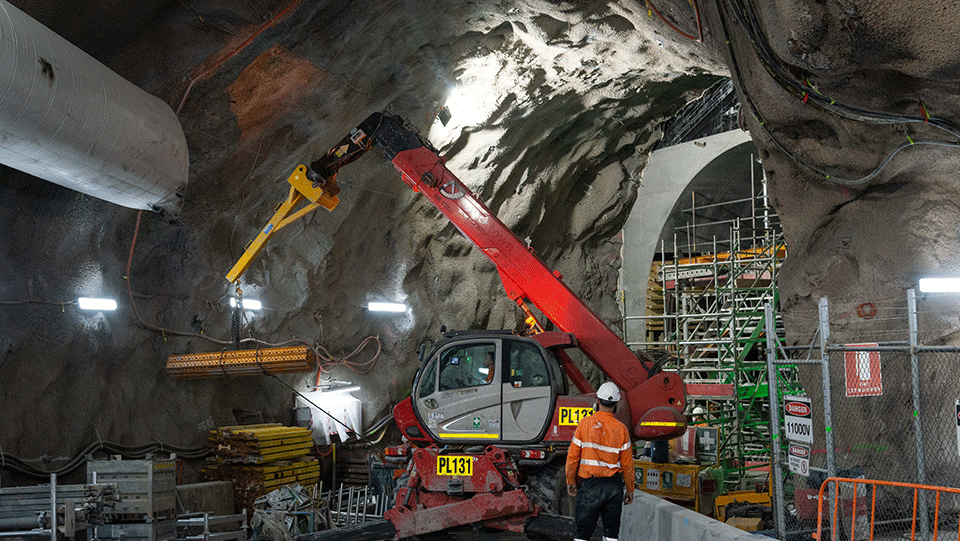 Cavern and access tunnel construction at Albert Street
