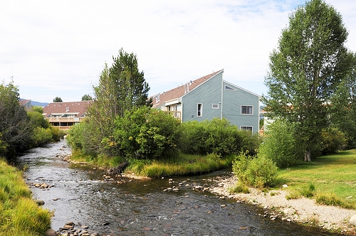 Twin Rivers Condominiums