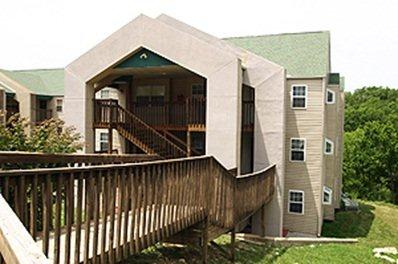 Royal Aloha Branson - Eagles Nest Resort