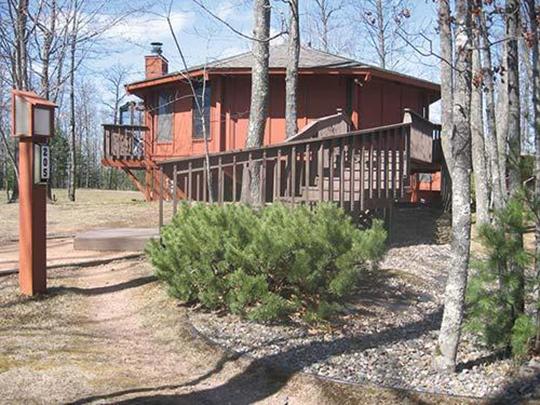 Treehouse Village Resort