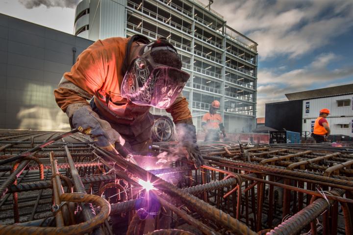 Man-welding.jpg
