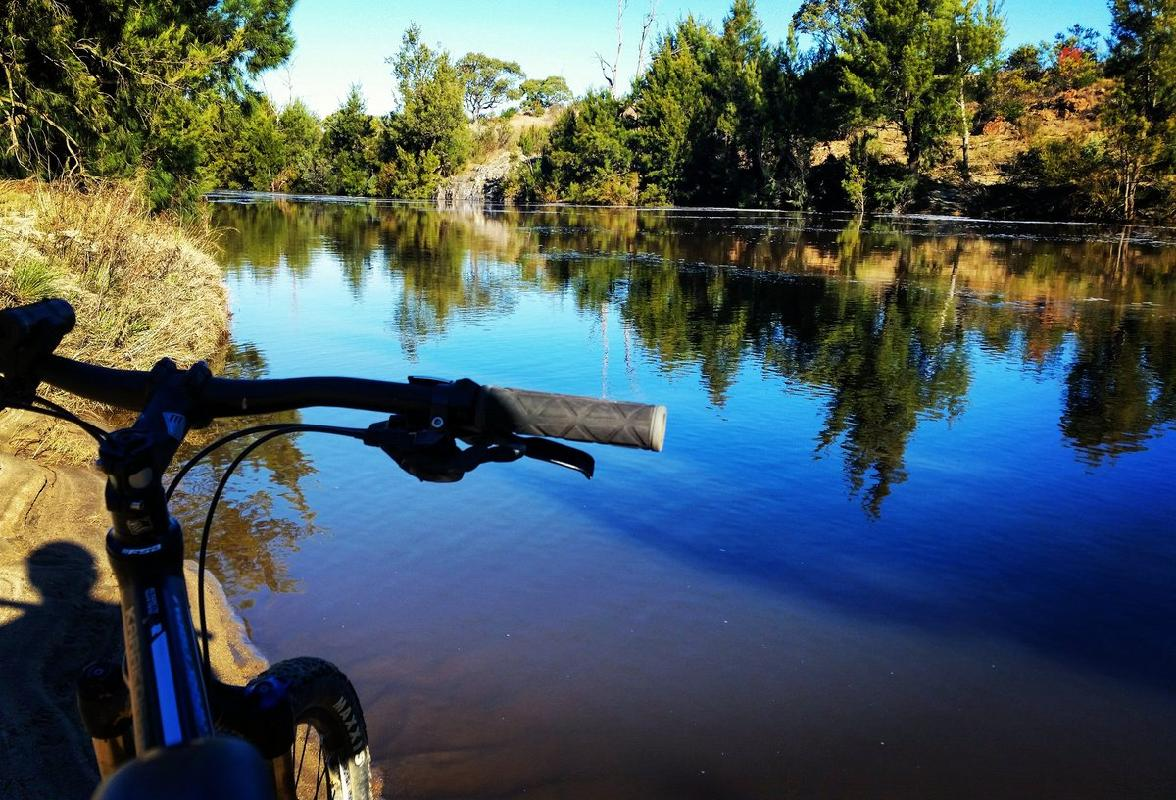 "River reflections <a href=""https://twitter.com/search/%23canberra"" target=""_blank"">#canberra</a> <a href=""https://twitter.com/search/%23cbr"" target=""_blank"">#cbr</a> <a href=""https://twitter.com/search/%23tuggeranong"" target=""_blank"">#tuggeranong</a> <a href=""https://twitter.com/search/%23tweetcanberra"" target=""_blank"">#tweetcanberra</a> <a href=""https://twitter.com/search/%23visitcanberra"" target=""_blank"">#visitcanberra</a> <a href=""https://twitter.com/search/%23australia"" target=""_blank"">#australia</a> <a href=""https://twitter.com/search/%23photography"" target=""_blank"">#photography</a> <a href=""https://twitter.com/search/%23sunset"" target=""_blank"">#sunset</a> <a target=""_blank"" href=""https://t.co/fOdBqJthx8"">https://t.co/fOdBqJthx8</a>"