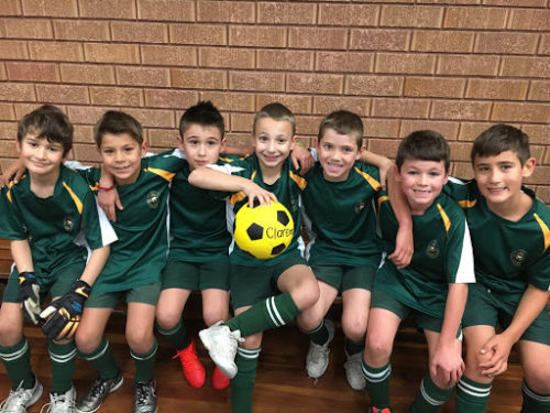 Futsal-Team.jpg?mtime=20180518161818#asset:3660:midThumbnail