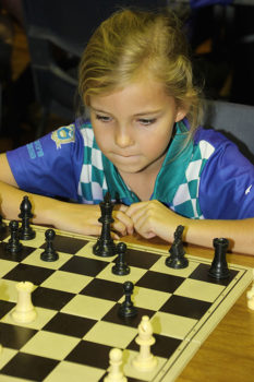 chess-primary-girl