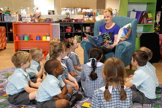 Pimpama-teacher-reading