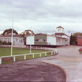 Oval view 1976