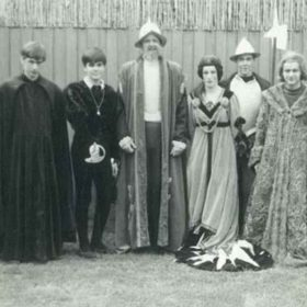 1968 Hamlet Production Cast