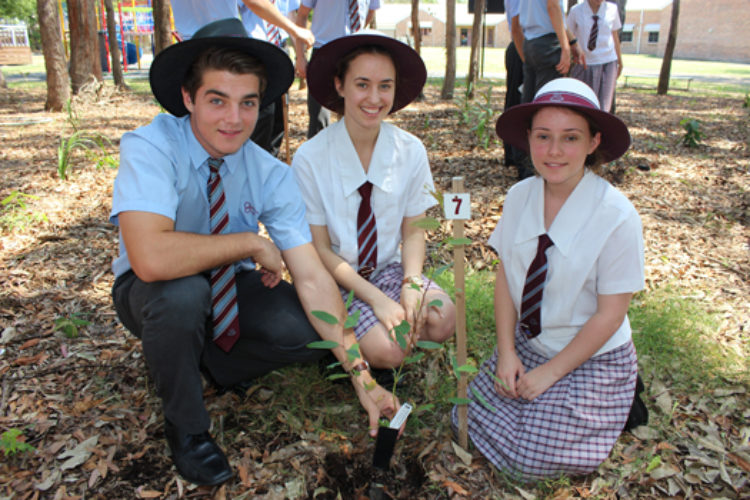 year-12-tree-planting-ceremony-2015-for-web-33