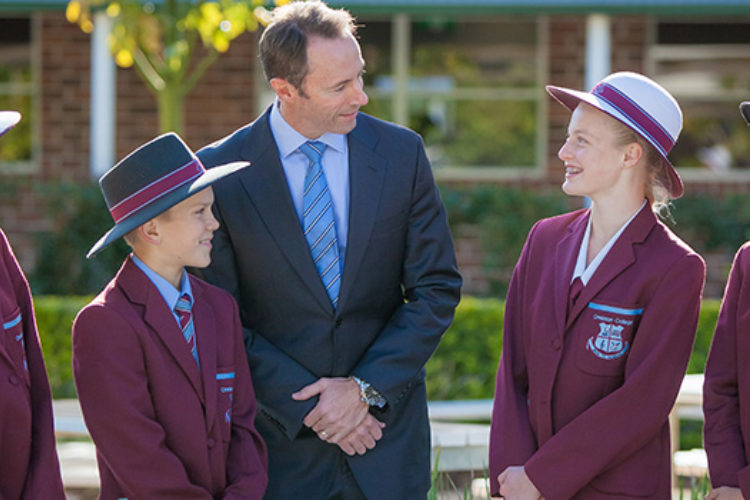 headmaster-with-students-gallery
