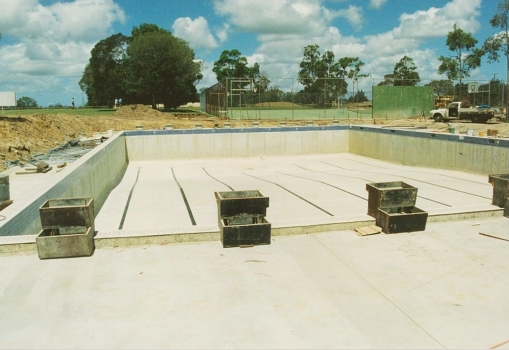 1988 Building The Pool