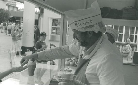 1989 Ekka Strawberry Icecream Stall