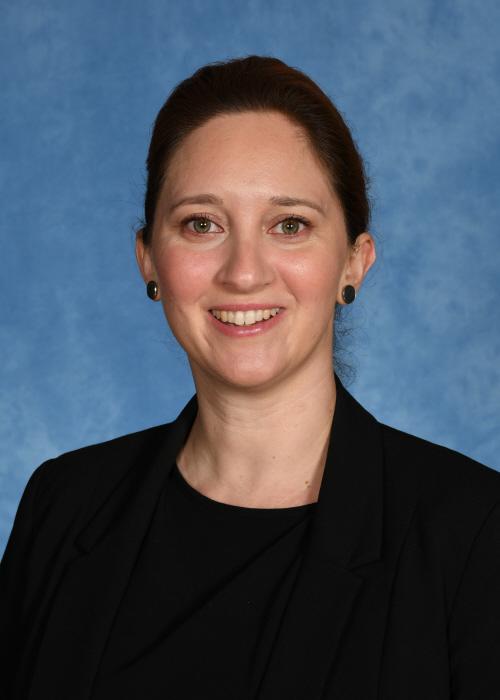 Ms Kelly Nebel