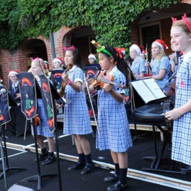 Carols In Cloisters 5
