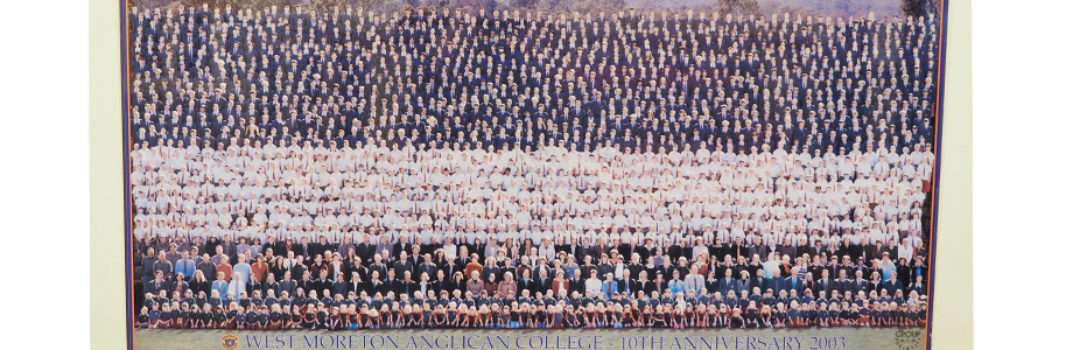 Whole School Photo 2003 10 Years 926X300