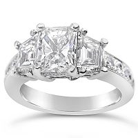 DVR5 / Platinum 1.5ct Radiant Diamond Engagement Ring