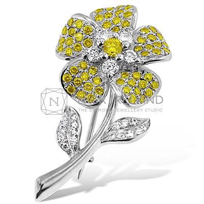 DBP1/ 18ct Yellow Diamond Brooch