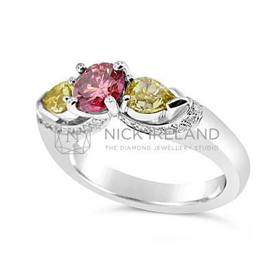 DJSP16/ 18ct White Gold Argyle Pink and Fancy Intense Yellow