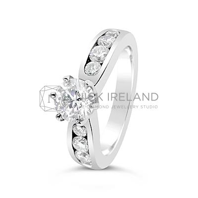 TDR41/ 18ct White Gold Diamond Engagement Ring